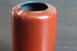 Petit vase cylindrique rouge, c. 1962.