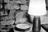 Plat japonais, petit plat rond et lampe, c. 1970.