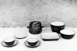 Assiettes, bols, soupière, plat carré, saladier, légumier. Fin des années 60.